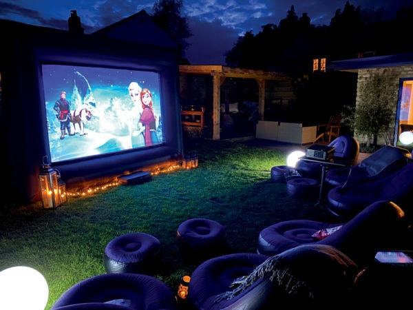 Small outdoor cinema screen hire